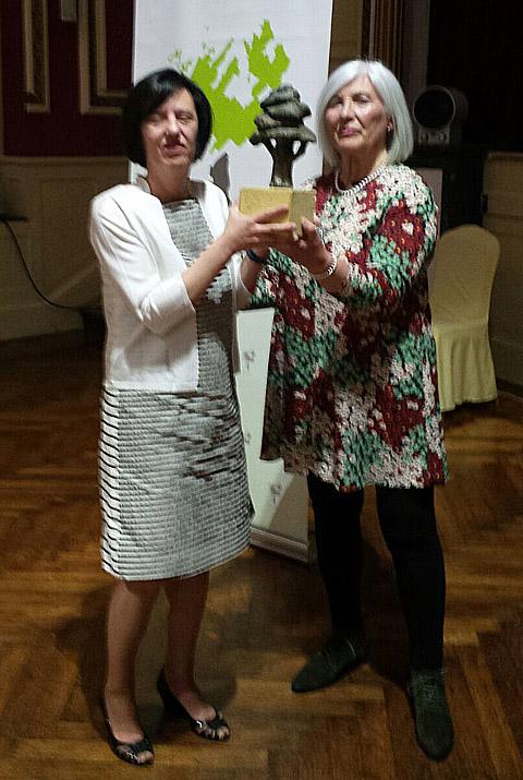 Soledad Nogués recoge el premio