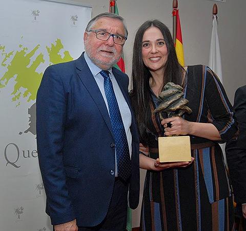 Quinichi junto a María Pardo Rojo